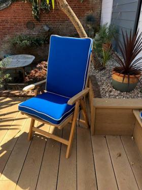 Dry Lion Deck Chair Outdoor, Weatherproof Cushion (Marine/Sand Piping)